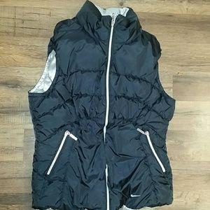 Reversible nike puffer vest